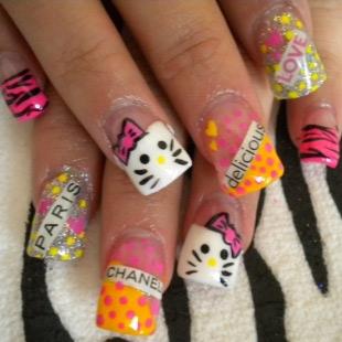 Dễ thương mẫu nail Hello Kitty 2011 - 2