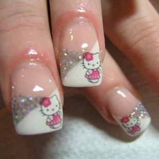 Dễ thương mẫu nail Hello Kitty 2011 - 4