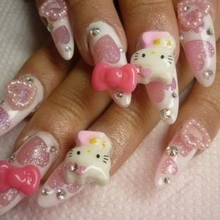 Dễ thương mẫu nail Hello Kitty 2011 - 5