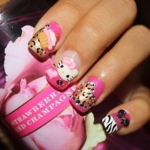 Dễ thương mẫu nail Hello Kitty 2011 - 6