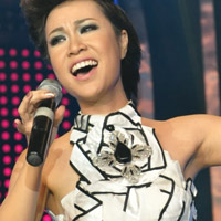 Những hình ảnh đẹp của Uyên Linh Idol đêm công bố kết quả
