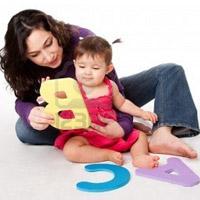 Dạy bé học chữ từ thuở sơ sinh