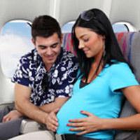 Bà bầu có được đi máy bay?