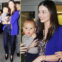Nhóc Flynn ngơ ngác bên mẹ Miranda Kerr