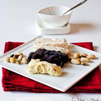 20-10: Ngọt ngào kẹo socola cho người yêu