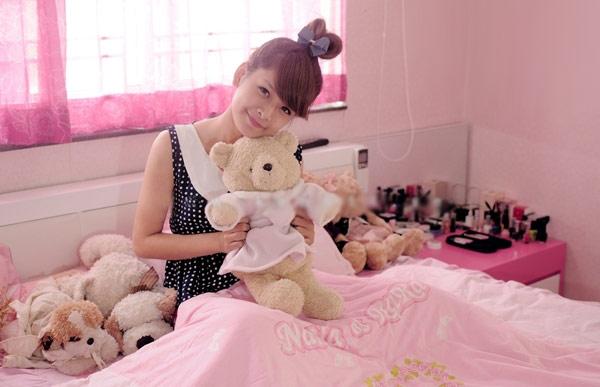 Hot girl Chi Pu khoe căn phòng nữ tính - 3