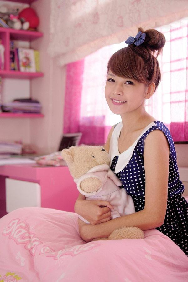 Hot girl Chi Pu khoe căn phòng nữ tính - 4