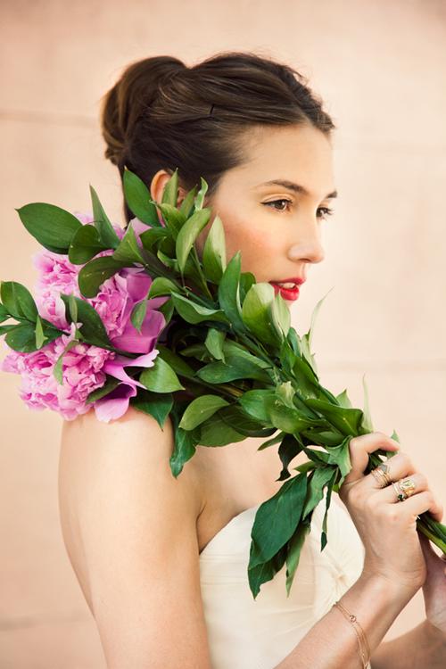Xinh xinh kiểu tóc cô dâu - 9