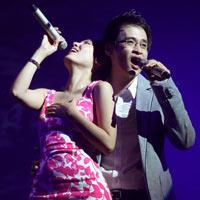 'Bỏ' GS Xoay, Phương Linh giản dị bên Hà Anh Tuấn