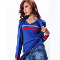 Áo len dáng ngắn thời trang mùa thu đông
