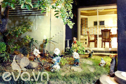 """Khoe nhà: Biệt thự xinh có vườn siêu """"lung linh"""" - 6"""