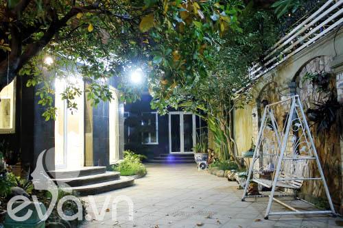 """Khoe nhà: Biệt thự xinh có vườn siêu """"lung linh"""" - 7"""