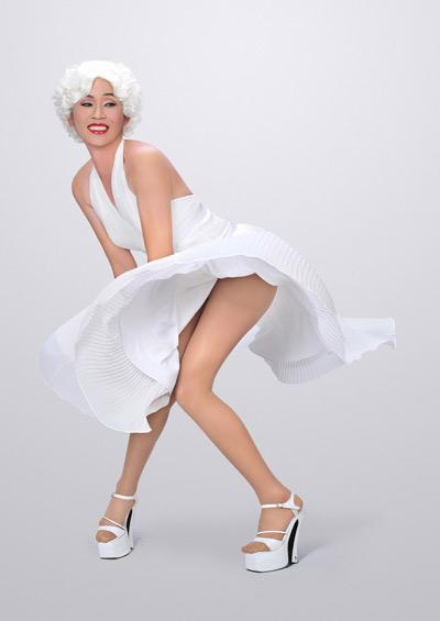 """Hoài Linh """"giả gái"""" thành... Marilyn Monroe túm váy - 1"""