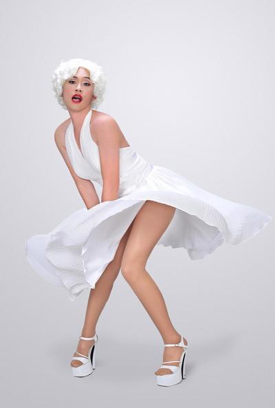 """Hoài Linh """"giả gái"""" thành... Marilyn Monroe túm váy - 3"""