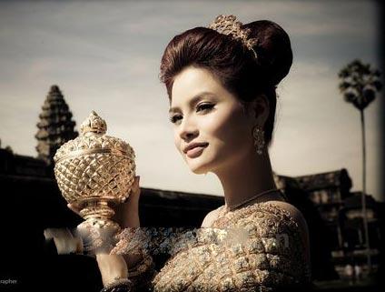 Chồng Vũ Thu Phương thuộc hoàng tộc Campuchia - 1