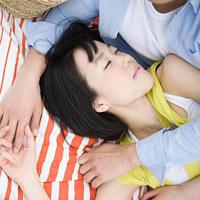 Phụ nữ không thích được ôm khi ngủ