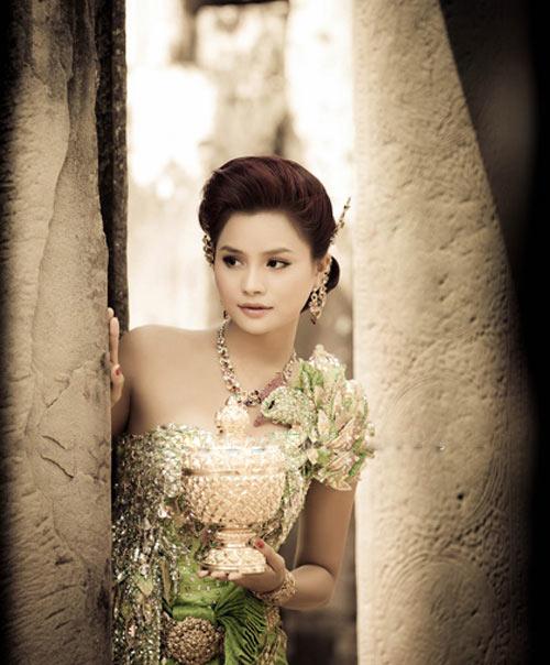 Ngắm trọn bộ ảnh cưới của siêu mẫu Vũ Thu Phương - 5