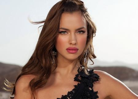 """""""Nghía"""" bộ ảnh cưới đẹp tuyệt trần của bạn gái C.Ronaldo - 3"""