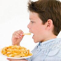 5 thực phẩm 'diệt' IQ của trẻ