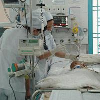 Bệnh tay chân miệng: Tự điều trị, dễ tử vong
