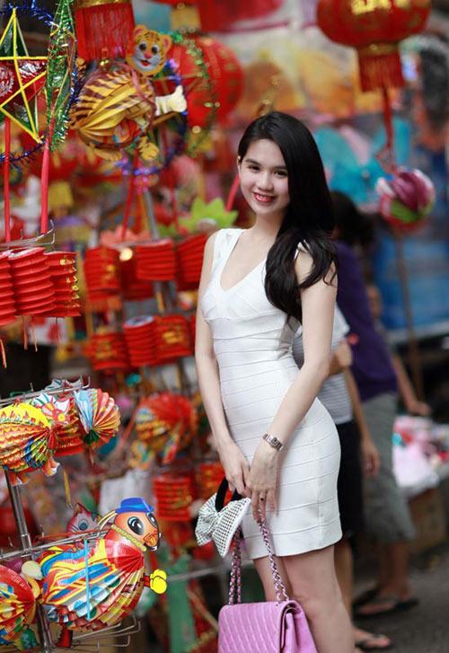 3 kiểu váy sao Việt 'đua nhau mặc' năm 2011 - 16