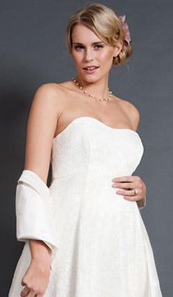 Váy cưới cho bà bầu đẹp 'ngả nghiêng' - 14