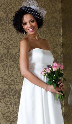 Váy cưới cho bà bầu đẹp 'ngả nghiêng' - 15