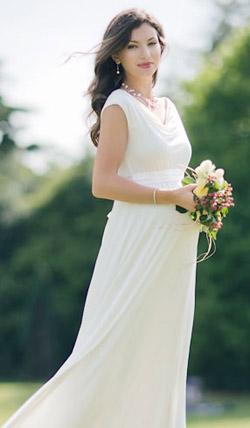 Váy cưới cho bà bầu đẹp 'ngả nghiêng' - 20