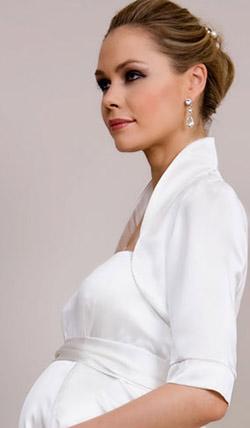 Váy cưới cho bà bầu đẹp 'ngả nghiêng' - 11