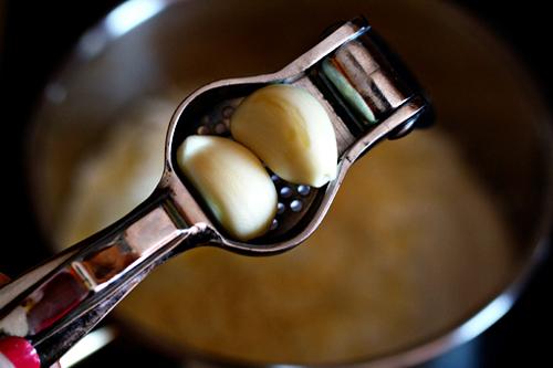 Trứng ốp-lết bắp cải ăn không còn ngán - 10