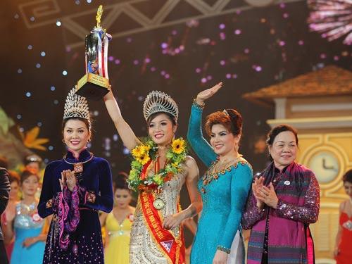 Triệu Thị Hà đăng quang Hoa hậu các dân tộc VN - 1