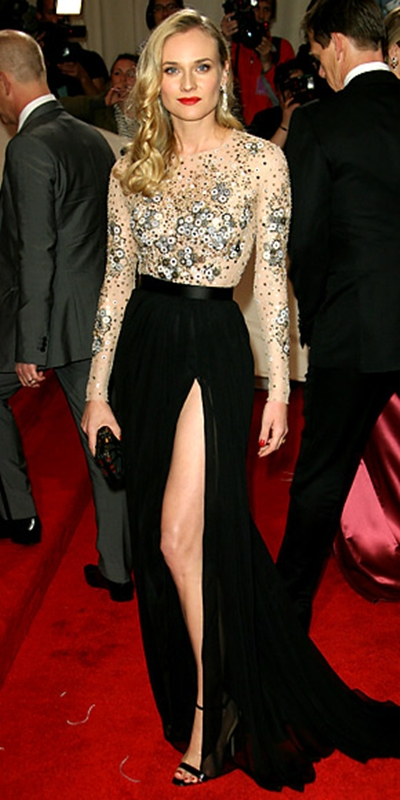 11 chiếc váy lộng lẫy nhất 2011 - 2