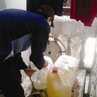 Pha chế xăng rởm: từ 30 lít thành 36 lít