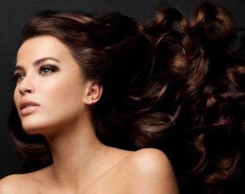 Mẹo giữ nếp tóc xoăn lâu bền - 5