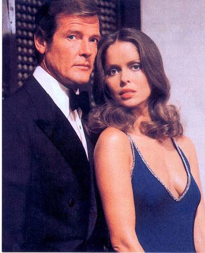 Những bóng hồng nổi bật của Điệp viên 007 - 2