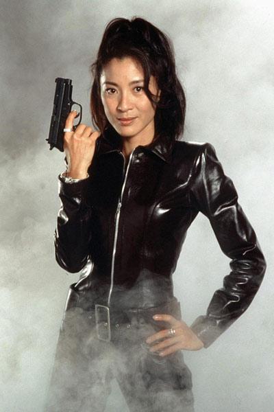 Những bóng hồng nổi bật của Điệp viên 007 - 4