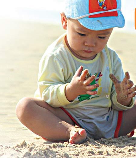 Đôi tay sạch sẽ giúp bé thêm khỏe mạnh