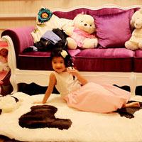 Phòng ngủ xinh yêu của con gái Trương Ngọc Ánh