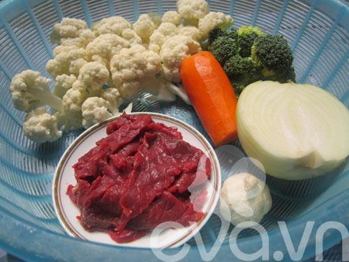 Đơn giản với thịt bò xào súp lơ - 1