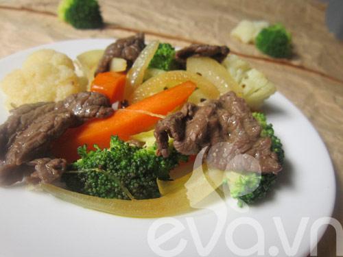 Đơn giản với thịt bò xào súp lơ - 8