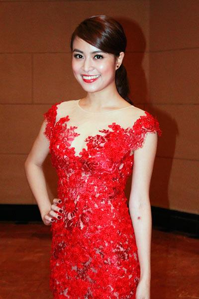 Nữ hoàng gợi cảm của showbiz Việt