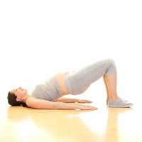 Có nên tập Yoga từ thai kì đầu tiên?