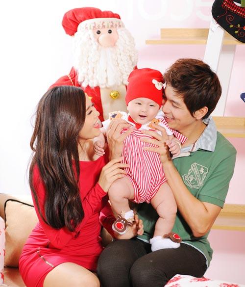 Con trai Trương Quỳnh Anh đón Noel sớm - 2