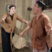 Hài 2013: Xuân Hinh 'đại chiến' Hồng Vân
