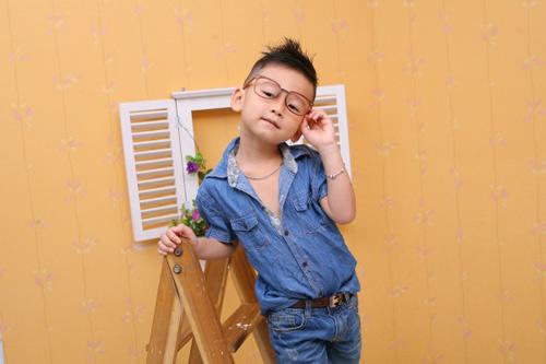 sieu mau nhi: hotboy nam khanh dien trai - 2