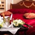 Nhà đẹp - Để hôn nhân mỹ mãn, phải xem giường cưới