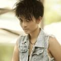Làm đẹp - Ngắm lại mái tóc độc đáo của Trương Thị May