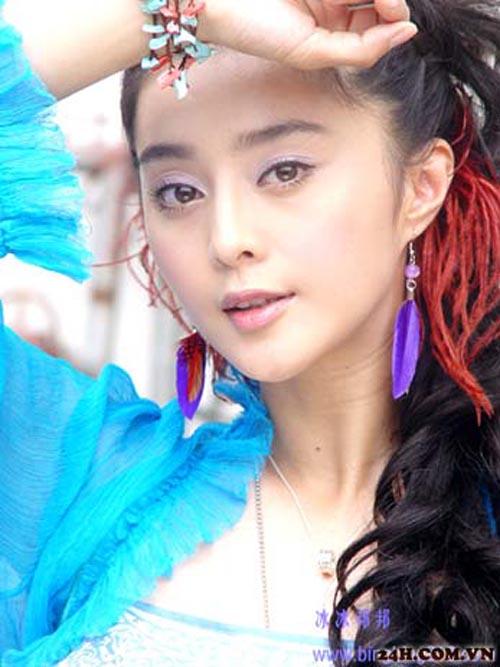 bang pham: 'que' hoa 'chanh' voi gam xanh - 1