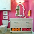 Nhà đẹp - Ma thuật cho phòng tắm nhỏ siêu gọn
