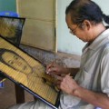 Tin tức - Kỳ nhân vẽ tranh giá ngàn đô bằng khói ở Đồng Nai